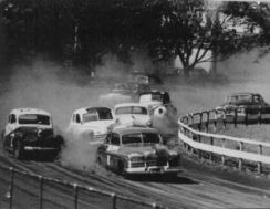 old_car_race-300x233